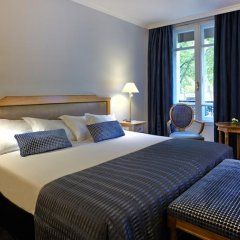 Royal Hotel Paris Champs Elysées 4* Улучшенный номер с различными типами кроватей фото 2