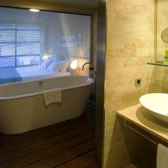 Gran Hotel Domine Bilbao 5* Улучшенный номер с различными типами кроватей фото 5