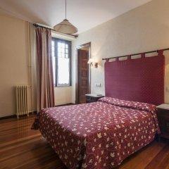 Отель Hostal Ayestaran II Стандартный номер с двуспальной кроватью фото 14
