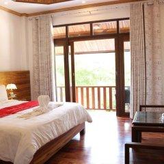 Отель Villa Oasis Luang Prabang 3* Номер Делюкс с двуспальной кроватью