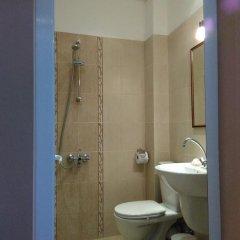 Отель Guest House Balchik Болгария, Балчик - отзывы, цены и фото номеров - забронировать отель Guest House Balchik онлайн ванная