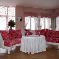 Гостиница Фаворит комната для гостей фото 4