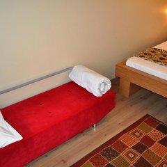 Хостел Antique Стандартный номер двуспальная кровать фото 8