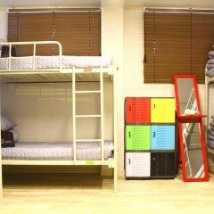 Plan A Hostel Кровать в женском общем номере с двухъярусной кроватью фото 9