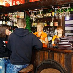 Гостиница База отдыха Чара на Ольхоне отзывы, цены и фото номеров - забронировать гостиницу База отдыха Чара онлайн Ольхон гостиничный бар