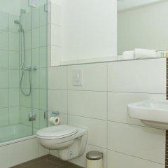 Отель Apartmenthouse Berlin - Am Görlitzer Park ванная фото 2