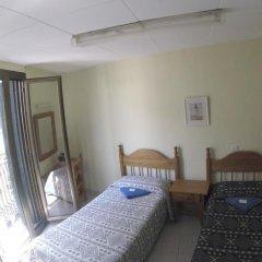 Отель Hostal Nilo Стандартный номер с 2 отдельными кроватями (общая ванная комната) фото 4