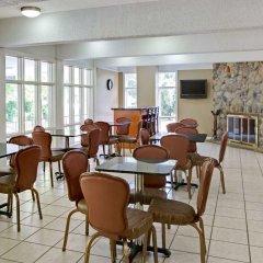 Отель Days Inn by Wyndham Gatlinburg On The River интерьер отеля фото 2