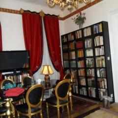 Отель B&B near Castle Номер Делюкс с различными типами кроватей фото 15