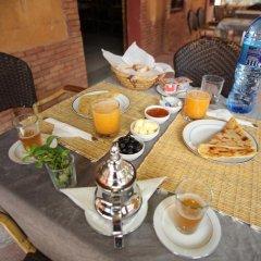 Отель Riad Amlal Марокко, Уарзазат - отзывы, цены и фото номеров - забронировать отель Riad Amlal онлайн питание