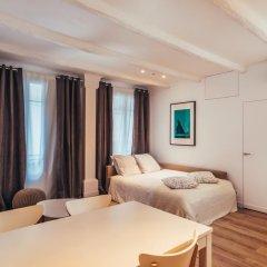 Апартаменты Contemporary Apartment in Nice комната для гостей фото 4