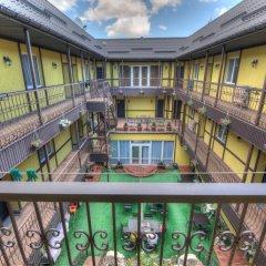Гостиница Villa Bavaria Украина, Бердянск - отзывы, цены и фото номеров - забронировать гостиницу Villa Bavaria онлайн балкон