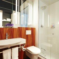 Отель Alt Hotel Toronto Airport Канада, Миссиссауга - отзывы, цены и фото номеров - забронировать отель Alt Hotel Toronto Airport онлайн ванная