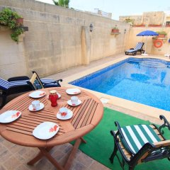 Отель Ta' Bejza Holiday Home with Private Pool бассейн фото 3