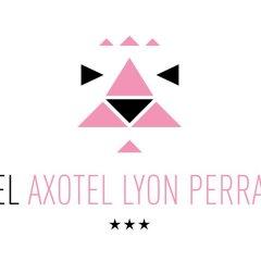 Отель Hôtel Axotel Lyon Perrache бассейн
