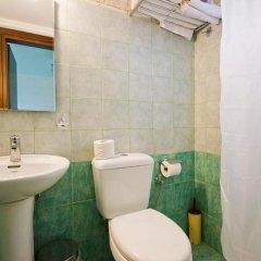 Sylvia Hotel 2* Стандартный номер с различными типами кроватей фото 4