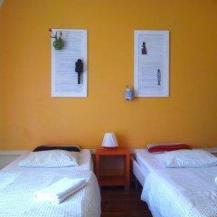 Refuge in Santa Marta Hostel Стандартный семейный номер с двуспальной кроватью (общая ванная комната) фото 3
