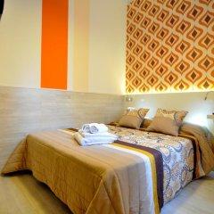 Хостел Far Home Plaza Mayor Стандартный номер с двуспальной кроватью (общая ванная комната) фото 9
