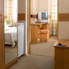 Гостиница Молодежный 3* Стандартный номер с различными типами кроватей фото 4