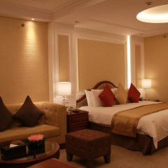 Central Hotel Shanghai 4* Улучшенный номер с различными типами кроватей фото 3