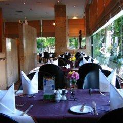 Отель Four Wings Бангкок питание