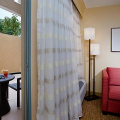 Отель Courtyard Los Angeles Century City Beverly Hills 3* Стандартный номер с различными типами кроватей фото 3