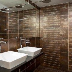 Отель ROOMZZZ Манчестер ванная