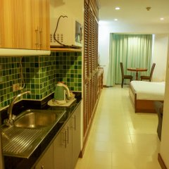 Отель Omni Tower Syncate Suites 4* Студия фото 7