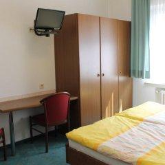 Hotel Engelbertz 2* Стандартный номер с двуспальной кроватью фото 3