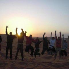 Отель Merzouga Desert Camp Марокко, Мерзуга - отзывы, цены и фото номеров - забронировать отель Merzouga Desert Camp онлайн фитнесс-зал