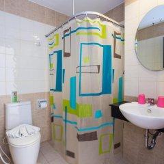 Отель Sharaya Residence Patong 3* Стандартный номер двуспальная кровать фото 3