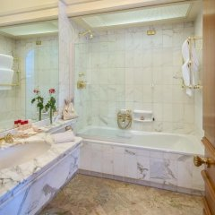 Отель Hassler Roma 5* Стандартный номер с различными типами кроватей фото 8
