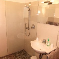 Отель Garni Wieterer Терлано ванная