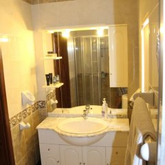 Отель South Village Townhouse Заббар ванная