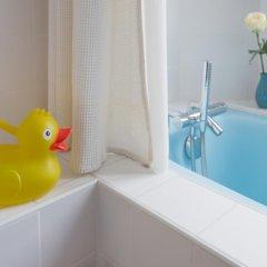 Отель Chambres d'hotes La Maison Hippolyte ванная фото 2