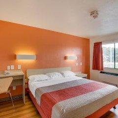 Отель Motel 6 Columbus West 2* Стандартный номер с различными типами кроватей фото 7