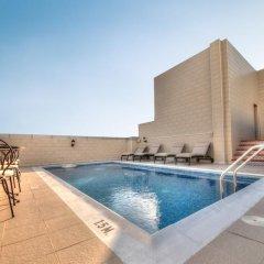 Adamo Hotel Apartments бассейн фото 2