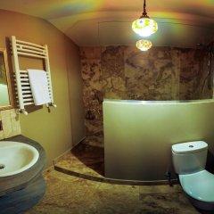 Отель No12 Apartment Грузия, Тбилиси - отзывы, цены и фото номеров - забронировать отель No12 Apartment онлайн ванная
