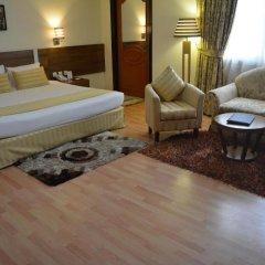 Landmark Plaza Hotel 3* Стандартный номер с различными типами кроватей фото 8