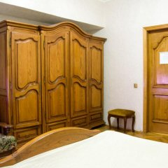 Мини-отель Версаль на Кутузовском Стандартный номер с двуспальной кроватью (общая ванная комната) фото 8