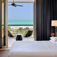 Park Hyatt Abu Dhabi Hotel & Villas 5* Стандартный номер с различными типами кроватей фото 3