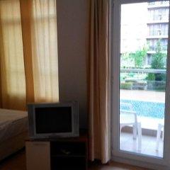 Отель Holiday Apartment Rainbow 2 Болгария, Солнечный берег - отзывы, цены и фото номеров - забронировать отель Holiday Apartment Rainbow 2 онлайн комната для гостей