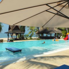 Отель C&N Kho Khao Beach Resort бассейн
