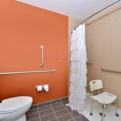 Отель Sleep Inn & Suites And Conference Center ванная фото 2