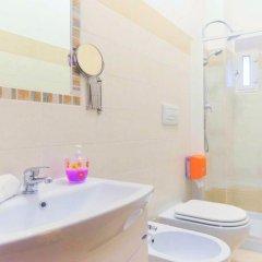 Отель Trani Rooms 3* Стандартный номер с различными типами кроватей фото 2