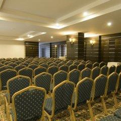 Отель Aydinbey Famous Resort Богазкент помещение для мероприятий