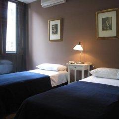 Отель Hostal LK Стандартный номер с двуспальной кроватью фото 8
