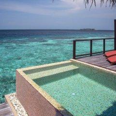 Отель Coco Bodu Hithi 5* Вилла разные типы кроватей фото 7