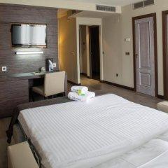 Sercotel Gran Hotel Luna de Granada 4* Стандартный семейный номер с двуспальной кроватью