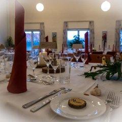 Отель Årslev Kro Дания, Орхус - отзывы, цены и фото номеров - забронировать отель Årslev Kro онлайн питание